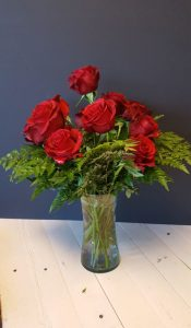 Accent-Floral Budget Roses