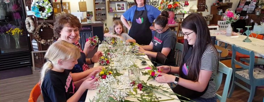 Butler County 4-H Students visit Accent Floral and Galleria